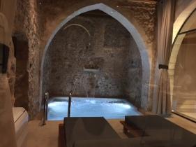 chania-mones-pool