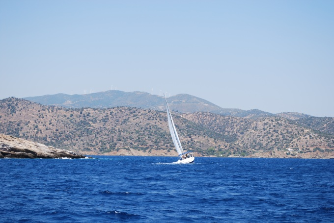 sailing-other-boat1