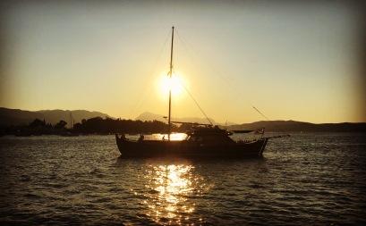 sailing-sunset-boat1