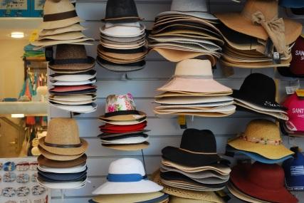 santorini-hats