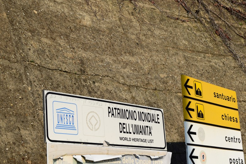 corniglia-sign-patrimonio-unesco