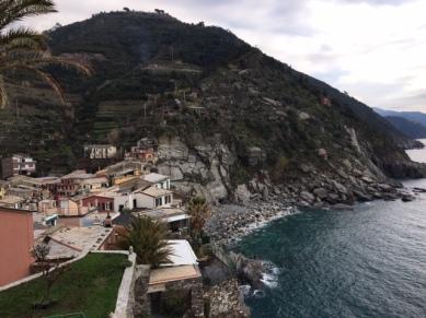 vernazza-hills1